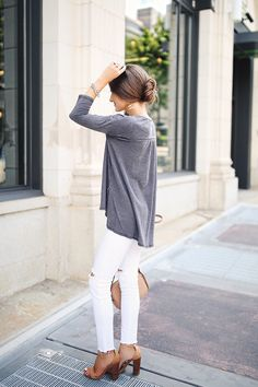 love this neutral outfit