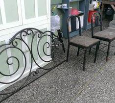 10 DIY Home Decor Tricks: Repurposing a Metal Head Board and 2 Metal Chairs