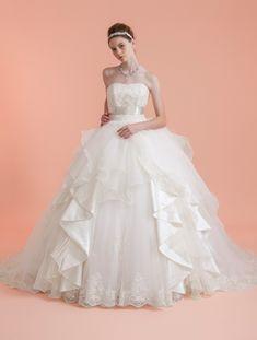 ウエディングドレス、高品質な結婚式ドレスならW by Watabe Wedding / エアライドバックサテン・チュールオーガンジー・エンブロイダリーレース・吉川ひなの