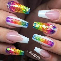 The advantage of the gel is that it allows you to enjoy your French manicure for a long time. There are four different ways to make a French manicure on gel nails. Rainbow Nails, Neon Nails, Bling Nails, Swag Nails, Bling Nail Art, Grunge Nails, Gold Nails, Best Acrylic Nails, Summer Acrylic Nails