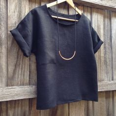Black Linen Hemlock Tee by Diane | Project | Sewing / Shirts, Tanks, & Tops | Kollabora
