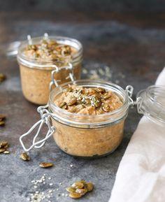 9-vegan-pumpkin-spice-latte-overnight-oats-with-maple-pepitas-1