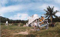 懐かしのサイパン天文台。ここに一ヶ月常駐していました。人物は元東京天文台の故富田先生。