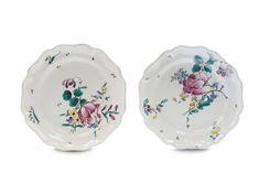Due piatti Savona, bottega di Giacomo Boselli seconda metà del XVIII secolo