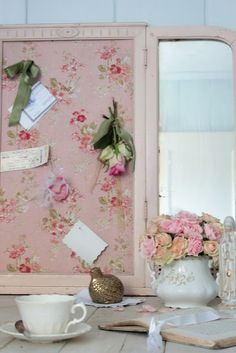 Shabby chic memory board & flowers