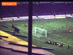 Amazing footage of 1980 League Cup final - from Wembley, Wolverhampton & Molineux