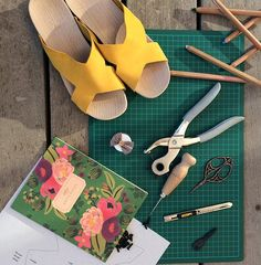 SUO   Shoes made by you   DIY shoe kit Diy Shoe, Diy Clothes, Diy Crafts, Kit, Crafty, Make It Yourself, Sewing, Creative, Projects