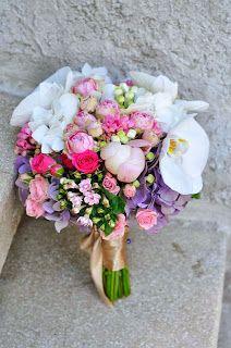 Flowers Garden Weddings: Garden Weddings, Flowers Garden, Wedding Bouquets, Floral Wreath, Wreaths, Decor, Decoration, Flower Crown, Decorating