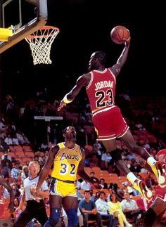 Michael Jordan Chicago Bulls Los Angeles Lakers Earving Magic Johnson