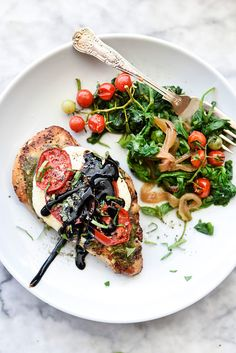 With just a few simple ingredients including store-bought pesto, you can make this healthy, stand out, one-pan chicken breast dinner in under 30 minutes. Easy Cheap Dinner Recipes, Beef Recipes For Dinner, Entree Recipes, Chicken Recipes, Cooking Recipes, Healthy Recipes, Meal Recipes, Dinner Dishes, Side Dishes