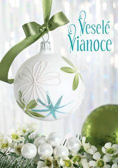 Christmas Art, Christmas And New Year, Christmas Bulbs, Wallpaper, Holiday Decor, Xmas, Christmas Light Bulbs, Wallpapers