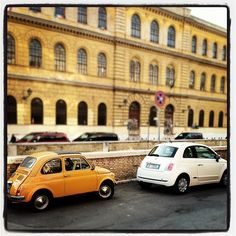 Old and New Fiat 500 in Rome