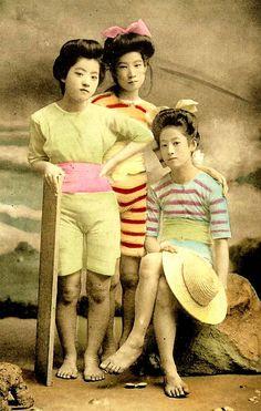 Geisha en maillot de bain – 20 photos du Japon à l'ère Meiji   Ufunk.net