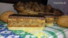 Hnetený orechový koláč s piškótou (fotorecept)