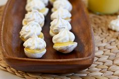 Lemon Meringue Cookies by joythebaker: Yes please! #Cookies #Lemon_Meringue #joythebaker