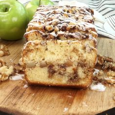 This Apple Walnut Fritter Bread is insanely delicious loaded with apples and swirls of cinnamon. Apple Banana Bread, Apple Cinnamon Bread, Banana Walnut Bread, Banana Bread Recipes, Apple Walnut Bread Recipe, Banana Cranberry Bread, Apple Fritter Recipes, Apple Fritter Bread, Apple Recipes