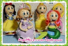 Kit com 6 princesas disney <br>Aurora (Bela Adormecida) <br>Branca de Neve <br>Cinderela <br>Ariel (Pequena Sereia) <br>Bela (Bela e a Fera) <br>Princesa Sofia <br> <br>Personagens medem em média 25cm <br> <br>Fazemos sob encomenda todas as princesas, consulte! <br> <br>Fotos da decoração meramente ilustrativa, vendemos somente os personagens.