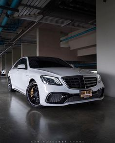 Discover the top 10 supercars of 2020 🏎💨💰 Mercedes Benz Canada, Mercedes S Class, Mercedes Car, Mercedes Benz Cars, Gti Car, Top 10 Supercars, Mercedez Benz, Automobile, High Performance Cars