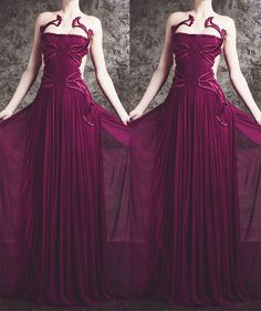 Medieval Fashion, Medieval Dress, Gown Pattern, Fantasy Dress, Purple Dress, Black Tie, Get Dressed, Bridal Gowns, Beautiful Dresses