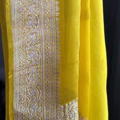 Organza Saree, Chiffon Saree, Saree Dress, Cotton Saree Designs, Silk Saree Blouse Designs, Fancy Sarees, Party Wear Sarees, Indian Silk Sarees, Pure Georgette Sarees