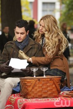 """The Thin Line Between Chuck and Nate""-- Pictured (L-R) Penn Badgley as Dan and Blake Lively as Serena star in Gossip Girl on The CW. Photo Eric Liebowitz /The CW © 2007 The CW Network, LLC.  All Rights Reserved"