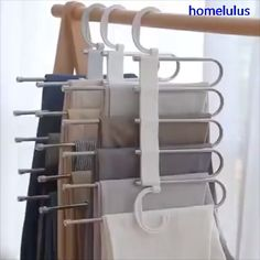 Multi-Functional Pants RacK Space Saving Design: The adjustable storage rack can be hung steadily with two hooks or it can be hung vertically, it can hold up to 5 pairs of pants at one time and it will make your closet tidier. Bedroom Closet Design, Closet Designs, Diy Bedroom, Dream Bedroom, Bedroom Closet Storage, White Bedroom, Bedroom Ideas, Organizar Closet, Vitrine Design