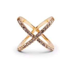 Sole Society Pave Crossed Ring ($25) ❤ liked on Polyvore featuring jewelry, rings, accessories, gold, pave ring, gold tone jewelry, sole society, pave jewelry and cross jewelry