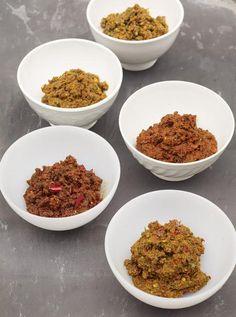 Easy homemade curry pastes - Korma, jalfrezi, rogan josh, tikka masala and vindaloo   Jamie Oliver #recipe #india #yum