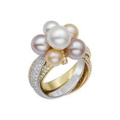 Cartier Trinity Pearls ring in white gold, pink gold and yellow gold, with pearls and diamonds