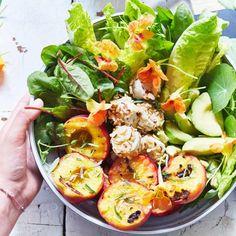 Sommersalat mit Pfirsichen: Rezept