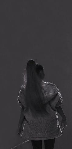 Ariana Grande Album, Ariana Grande Photoshoot, Ariana Grande Pictures, Ariana Geande, Ariana Tour, Grandes Photos, Star Eyes, Ariana Grande Wallpaper, Moonlight
