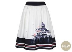 The perfect weekend skirt for late Spring.