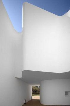Ecorkhotel Evora Portugal designed by Jose Carlos Cruz