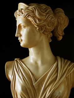 "Marble is a translucent stone that allows light to enter and produce a soft ""glow"" and easy for producing sculptures, because of that, it was one of the most used material to create sculptures.   Photo ➡ Bust of Artemis (copy) 