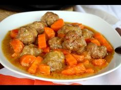 Albóndigas con zanahorias | Espectaculares | Video 87 - YouTube Albondigas, Empanadas, Pot Roast, Ethnic Recipes, Salsa, Food, Carne Picada, Youtube, Vegetarian