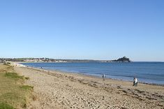 Beach at Long Rock nr Marazion Penzance, Cornwall Camping Cornwall, Yellowstone Camping, Places Around The World, Around The Worlds, St Michael's Mount, Off Road Camping, Dog Water Bowls, Seaside Holidays, Devon And Cornwall
