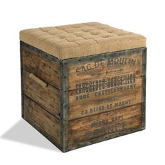 Reclaimed wood box with cushion