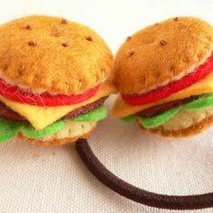 【2個セット】小さなハンバーガーのヘアゴム ヘアアクセサリー あおいくま ハンドメイド通販・販売のCreema