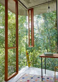 Planchonella House in Cairns by Jesse Bennett | Yellowtrace
