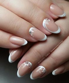 We all love beautiful nail art designs. Ladies, nails are an extension of what they wear, and fresh nail art . Bridal Nails Designs, Bridal Nail Art, Nail Art Designs, Elegant Nails, Stylish Nails, Bride Nails, Wedding Nails, Red Wedding, Cute Nails