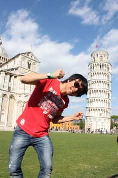 The leaning tower of Pisa in Italy! Wouldnt you like to be here? *Expat Explore South Africa*
