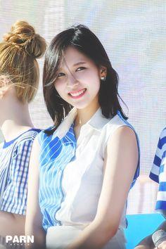 << Myoui Mina >>