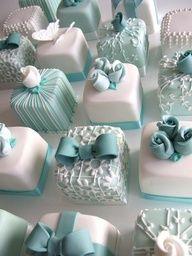 Individual Tiffany blue wedding cakes #celebstylewed #weddings @Celebrity Style Weddings