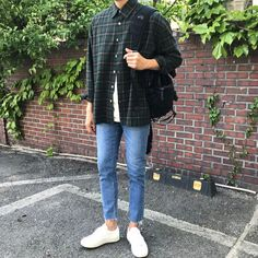 Indie Fashion, Aesthetic Fashion, Aesthetic Clothes, Streetwear Fashion, Stylish Mens Outfits, Casual Outfits, Fashion Outfits, Mode Man, Korean Fashion Men
