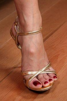 high heels – High Heels Daily Heels, stilettos and women's Shoes Stilettos, Pumps, Stiletto Heels, Sexy Legs And Heels, Hot High Heels, Womens High Heels, Sexy Sandals, Bare Foot Sandals, Louboutin