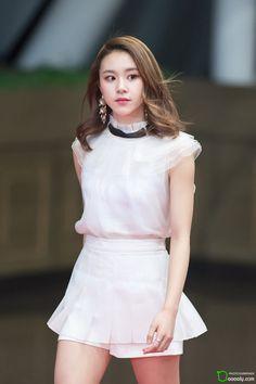 dedicated to female kpop idols. Kpop Fashion, Korean Fashion, Girl Fashion, Nayeon, South Korean Girls, Korean Girl Groups, Chaeyoung Twice, Dahyun, My Collection