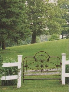 Old bedframe = cool gate!