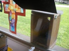 This teacher had a birdhouse installed on her classroom window so her students could watch a life cycle in action.