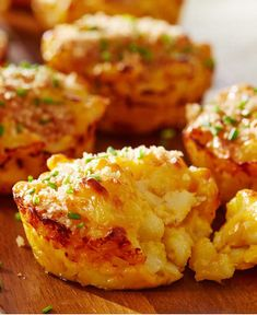 Your favorite comfort food in bite-sized form. We elevated the traditional mac and cheese by adding olive oil and a blend of Gruyere and sharp cheddar cheese. Serve at your next football party.