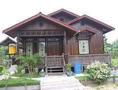 Kebanyakkan rumah papan kayu yang dibina semula telah digabungkan dengan design moden. Fiza kongsikan kat sini sebab berkenan sangat dengan semua design yang ada.